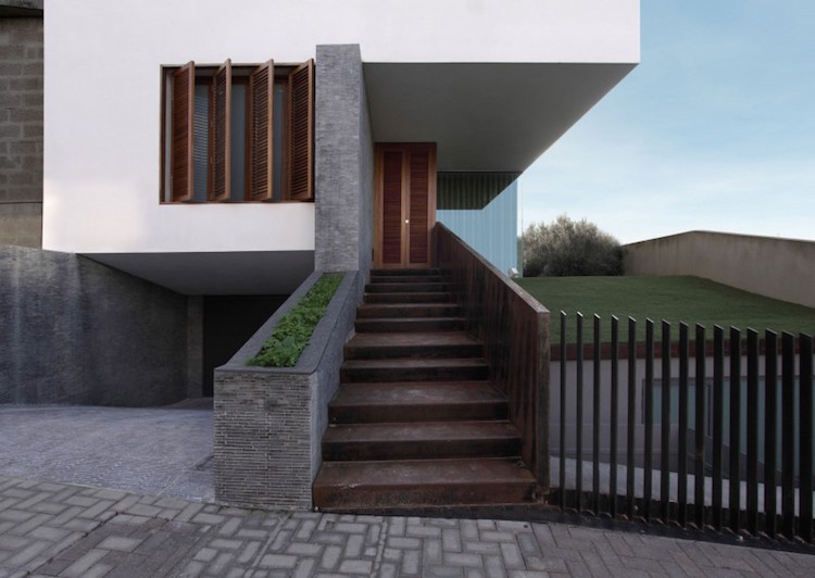 идея садовой стальной лестницы своими руками