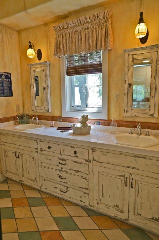 комната ванная ретро стиль фото белое потертое дерево