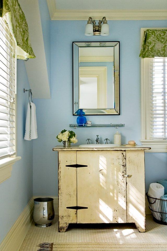 комната ванная ретро стиль фото голубые стены