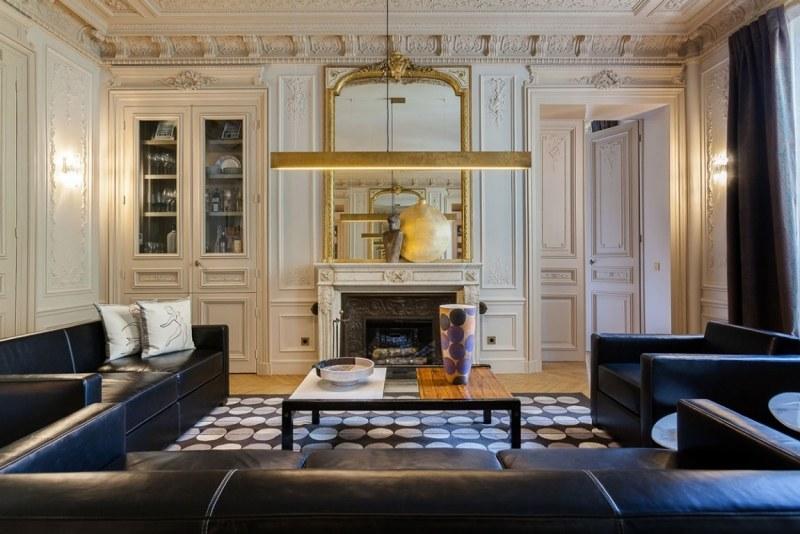 парижская квартира в стиле современное барокко фото гостиная