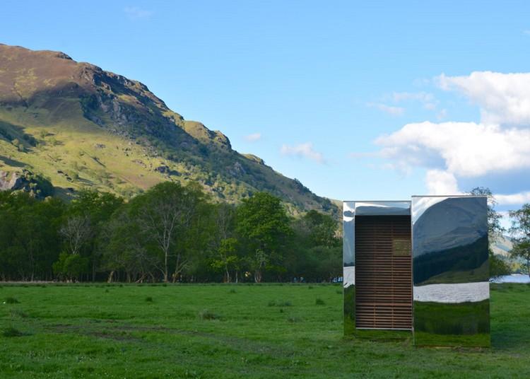 современный фасад зеркальный фото домик в шотландии парк