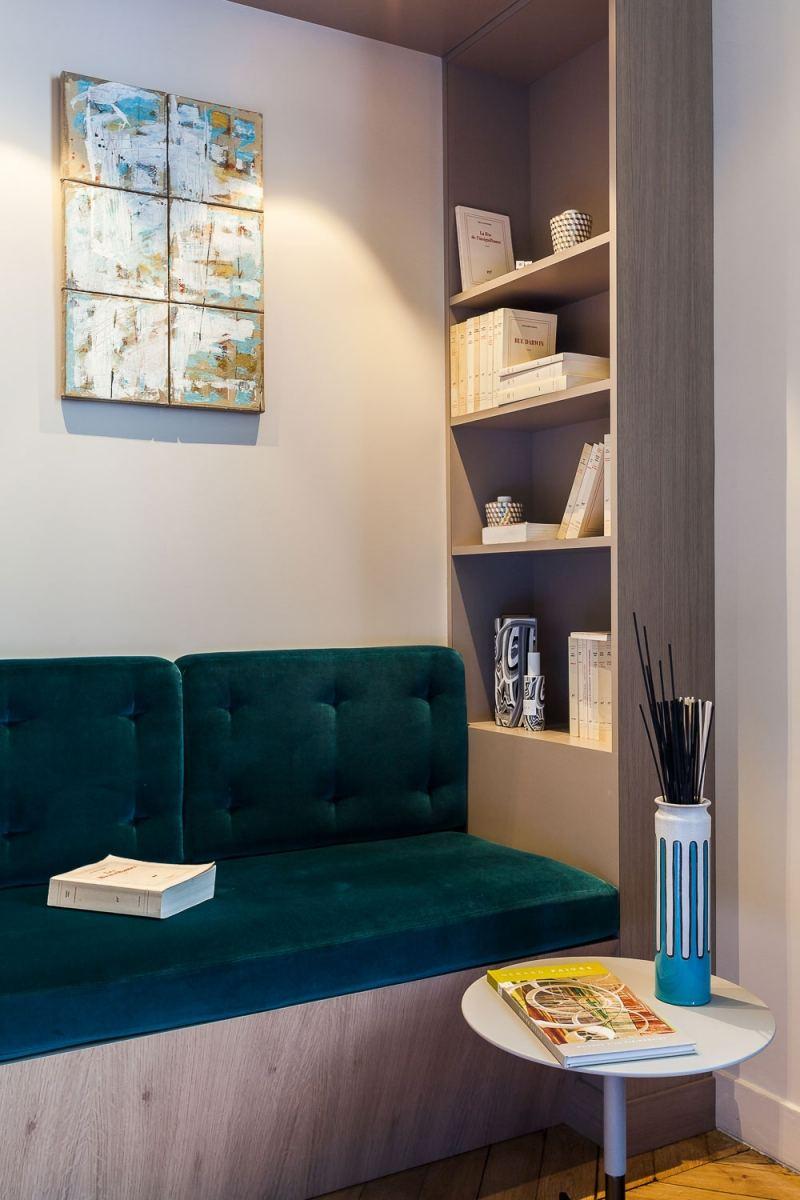 современный уголок в квартире в стиле барокко фото