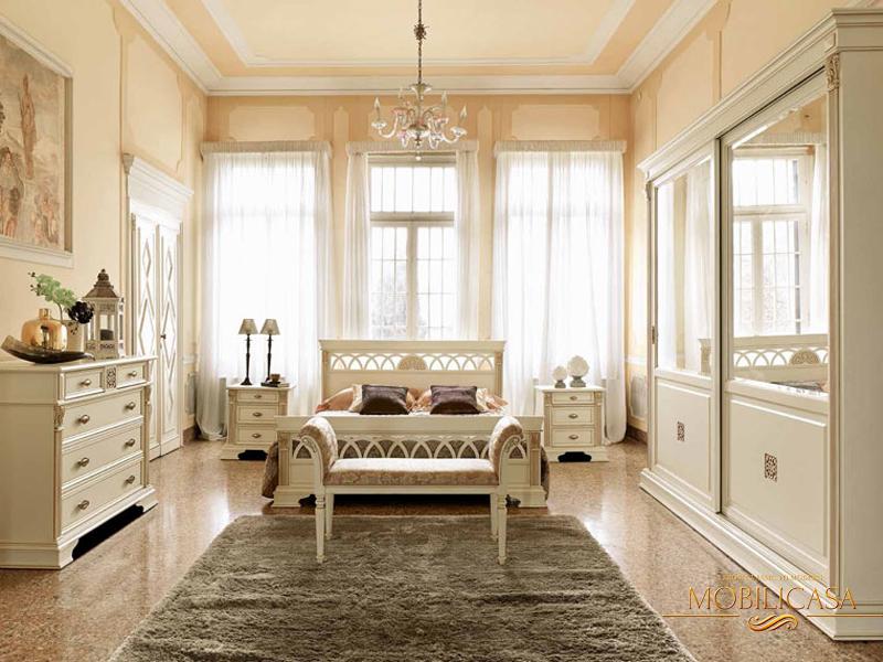 белая спальня в классическом стиле фото