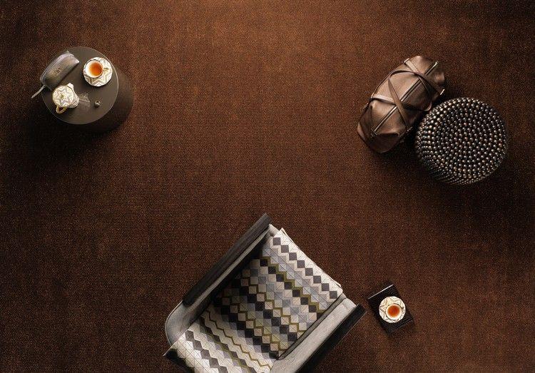коричневый ковролин в интерьере фото палас на пол гостиная