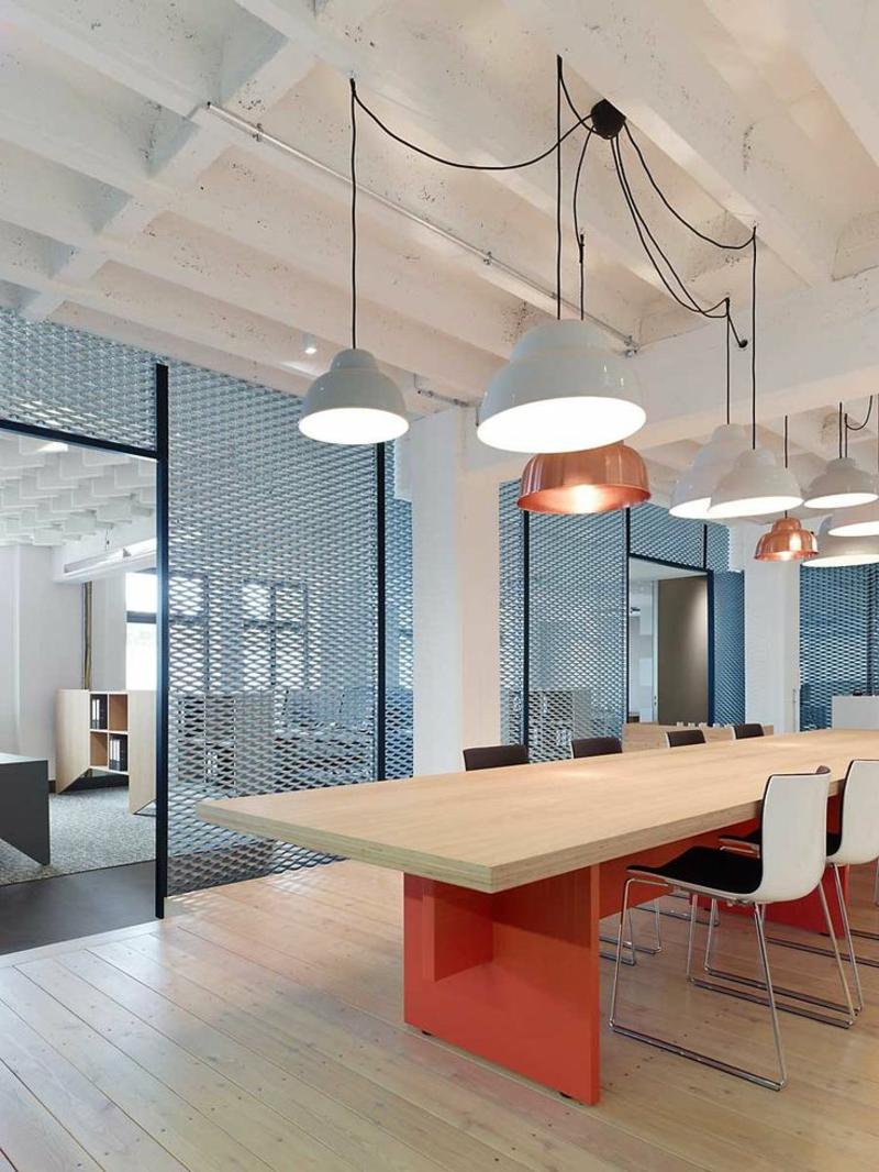 освещение офиса фото подвесные светильники