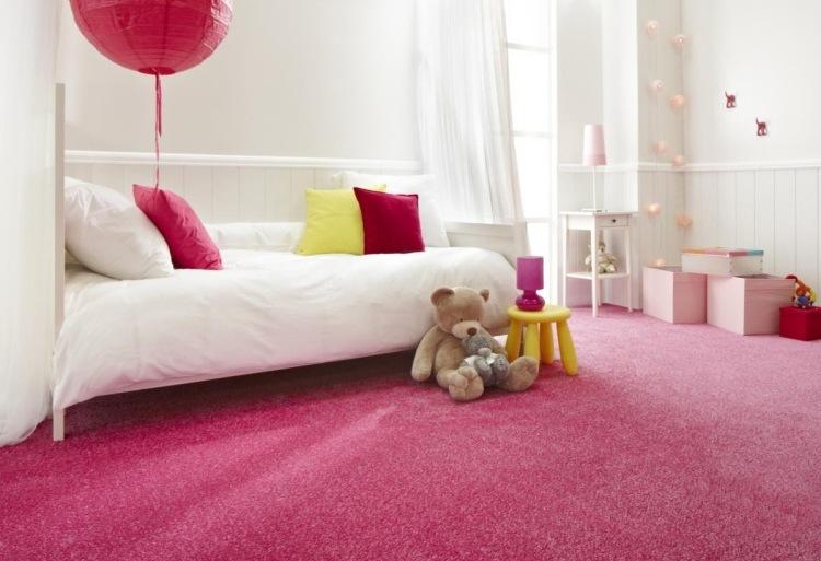 розовый ковролин в интерьере фото палас на пол в детской