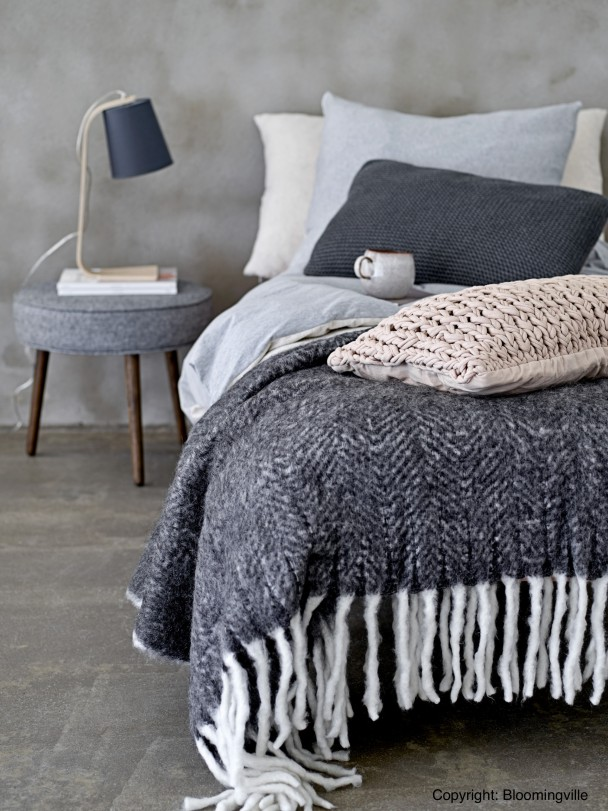 розовый кварц серо-голубой цвет в интерьере спальни фото дизайн