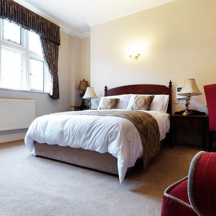 серый ковролин в интерьере фото палас на пол с коротким ворсом спальня