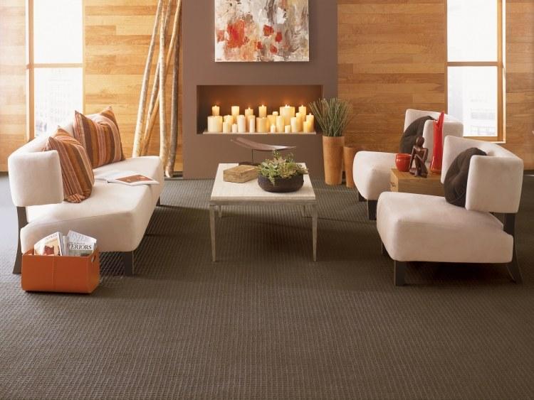 серый ковролин в интерьере фото палас на пол в гостиной