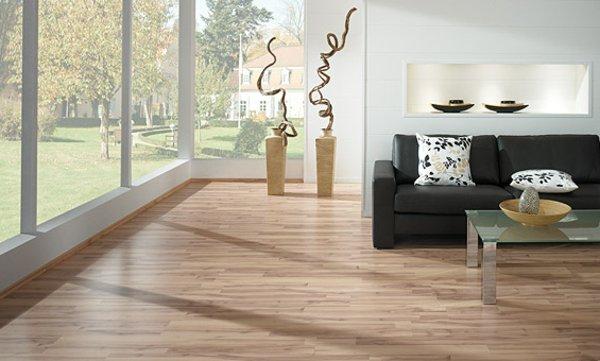 современный дизайн ламинат в интерьере гостиной фото