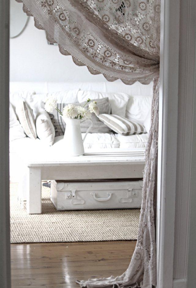 стиль шебби шик в интерьере гостиной фото декор занавеска своими руками
