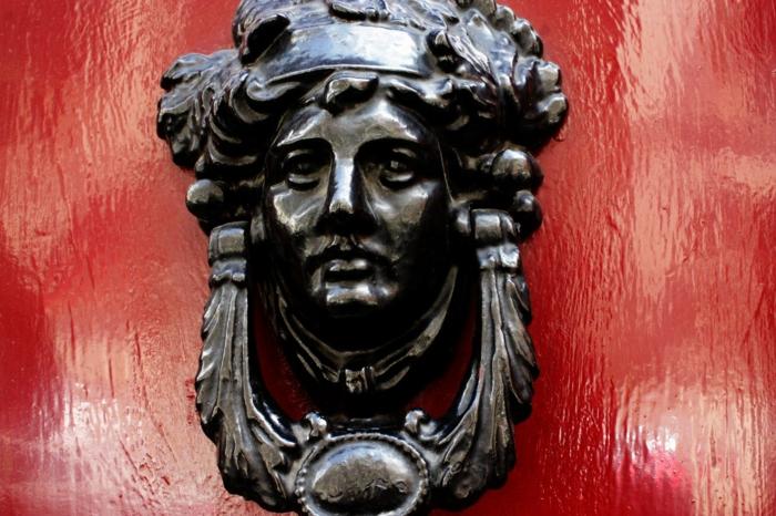 originalnye-dvernye-ruchki-foto-3