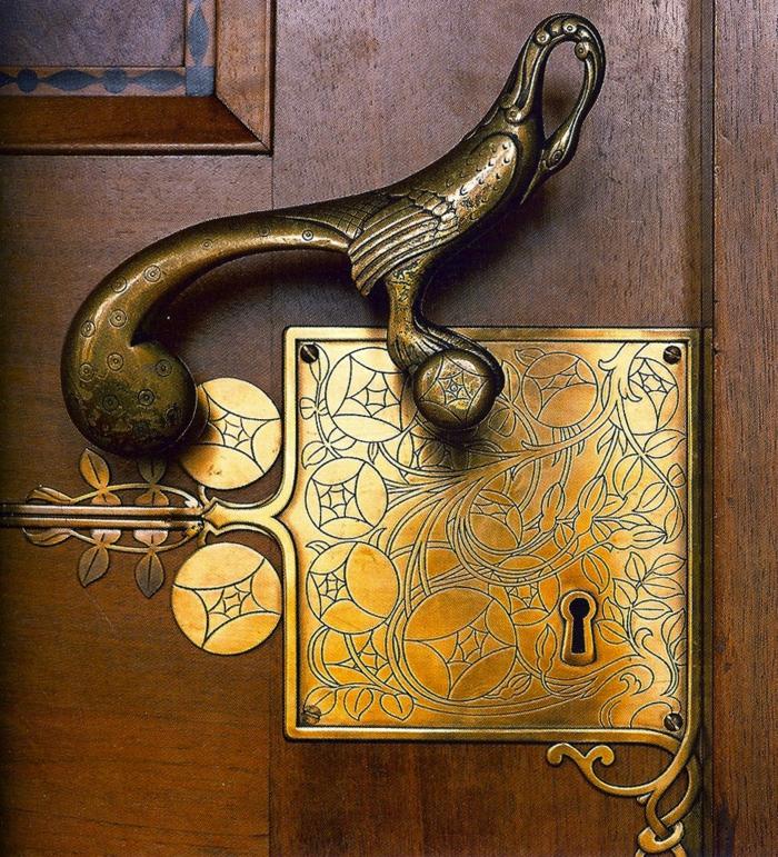 originalnye-dvernye-ruchki-foto-7