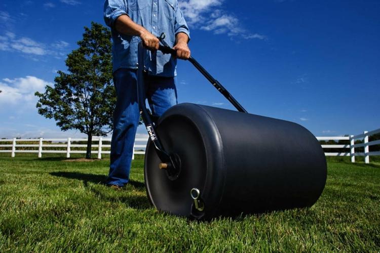 технология укладки рулонного газона фото