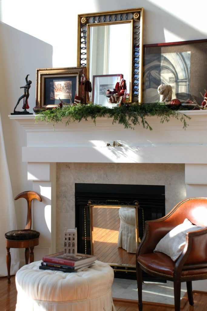 декоративный камин в интерьере гостиной квартиры дома фото