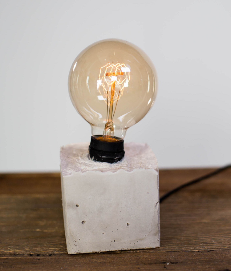 лампа бетон